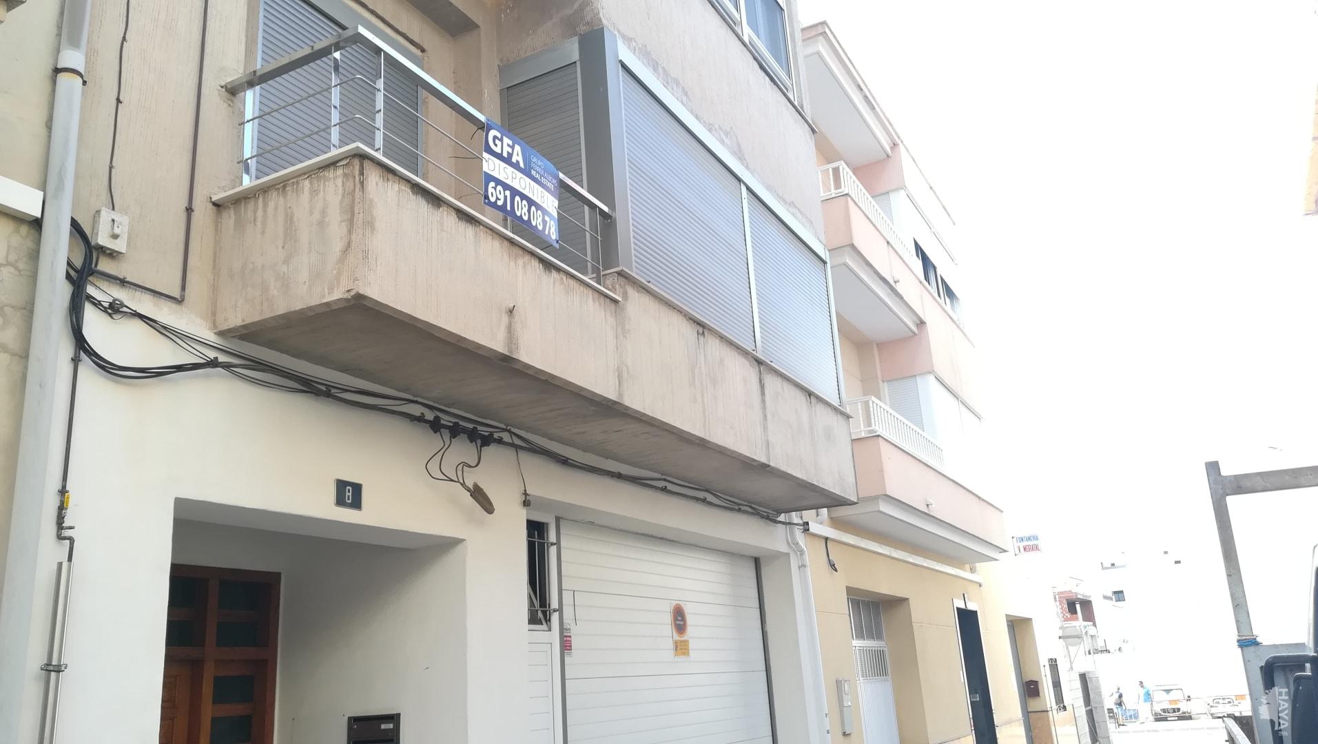 Piso en venta en La Font D`en Carròs, Valencia, Calle Azorin, 81.000 €, 3 habitaciones, 2 baños, 140 m2