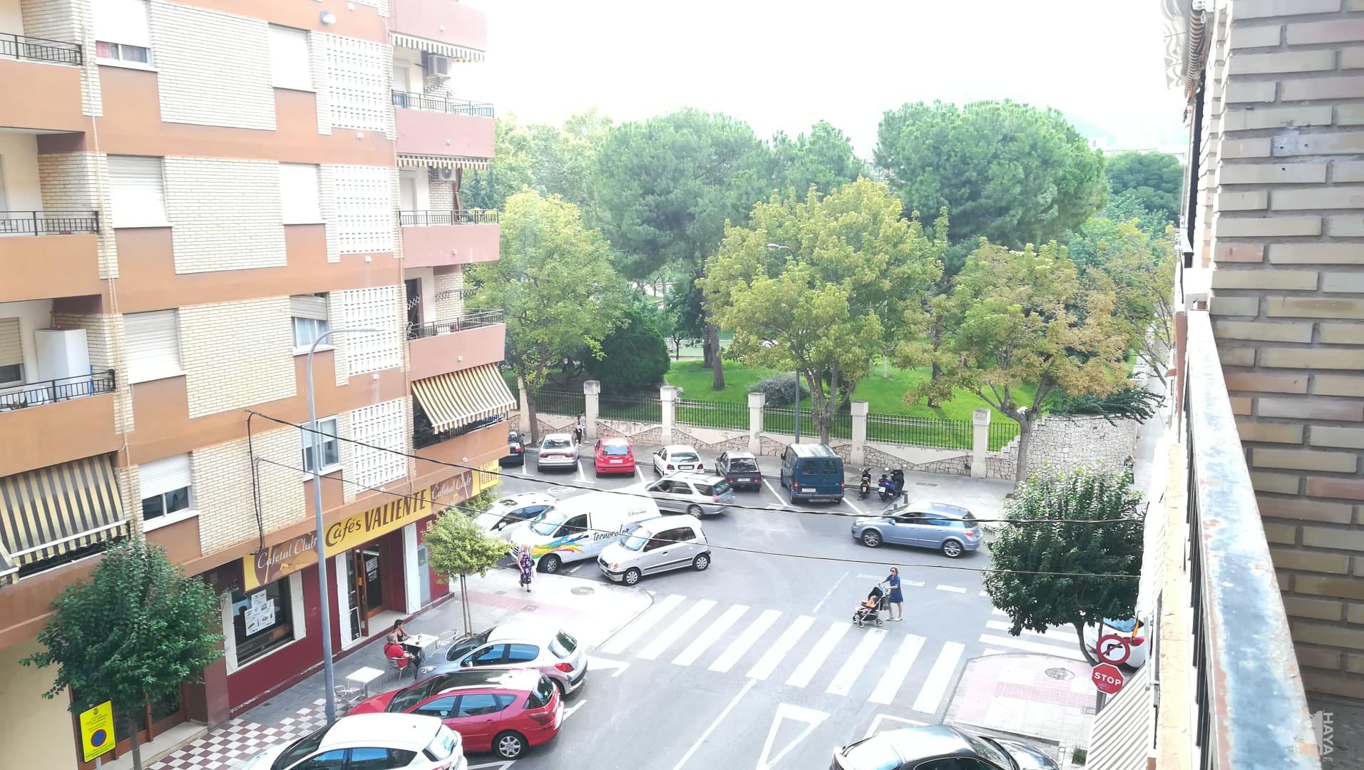 Piso en venta en Piso en Gandia, Valencia, 107.000 €, 3 habitaciones, 1 baño, 123 m2