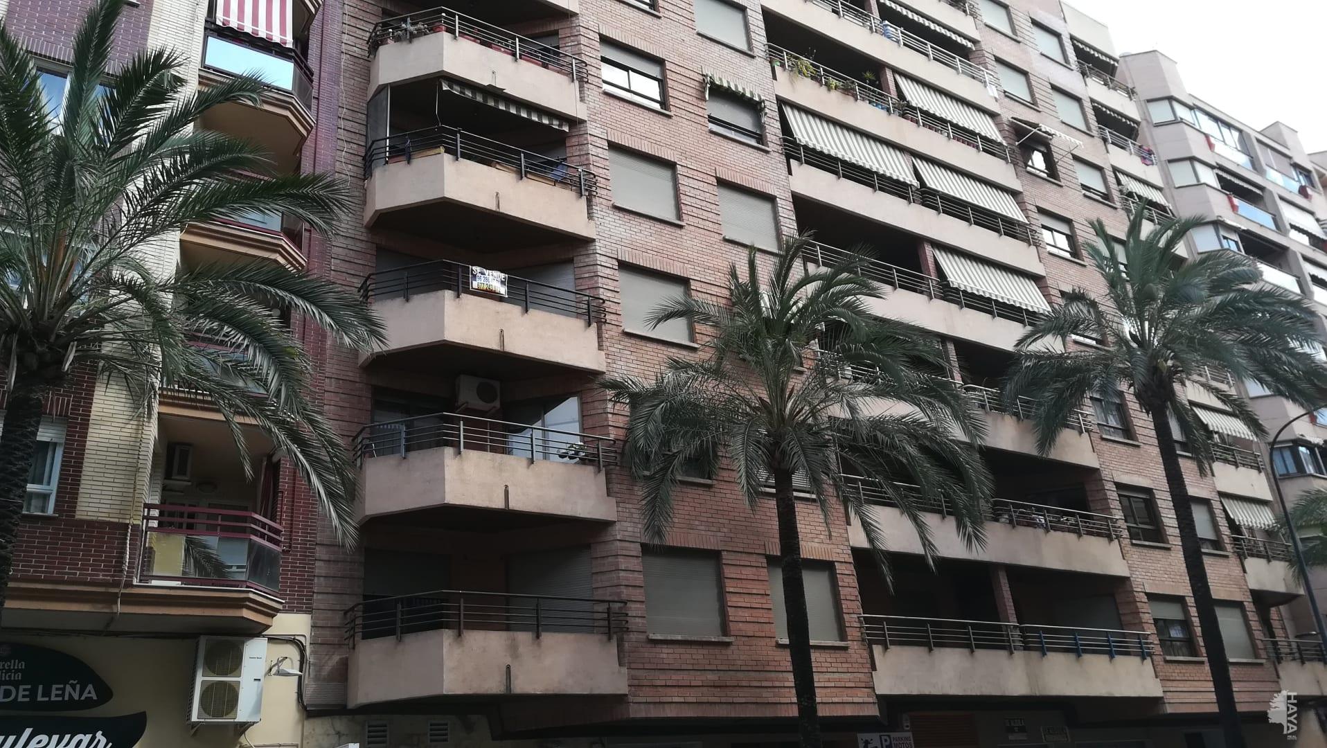 Piso en venta en Gandia, Valencia, Avenida República Argentina, 97.132 €, 3 habitaciones, 2 baños, 155 m2