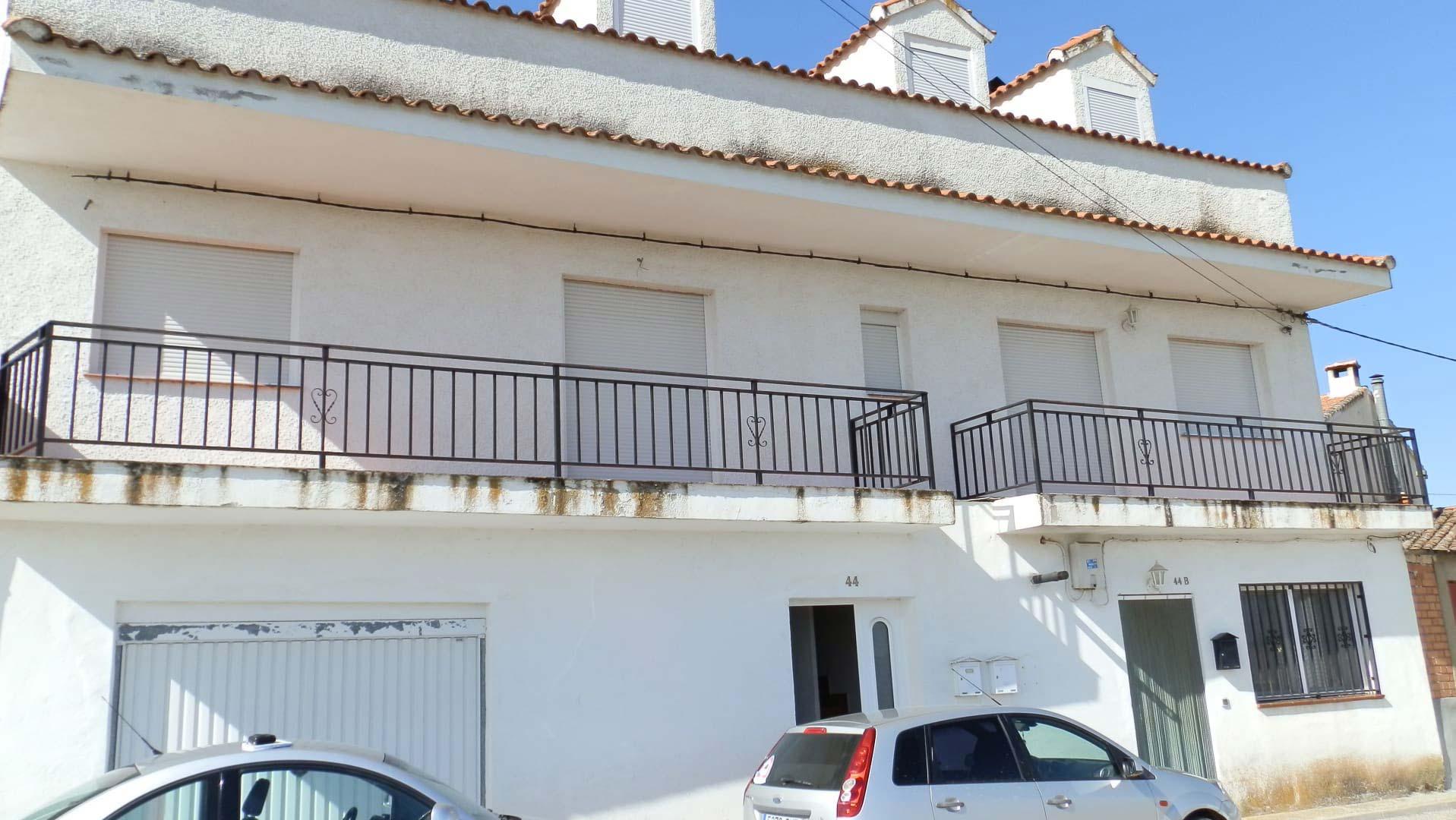 Piso en venta en Casa de Uceda, Guadalajara, Calle Zapato, 67.969 €, 3 habitaciones, 1 baño, 109 m2