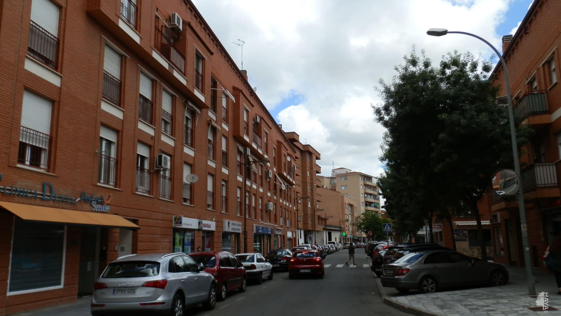Piso en venta en Azuqueca de Henares, Guadalajara, Calle Cuenca, 95.993 €, 2 habitaciones, 1 baño, 87 m2