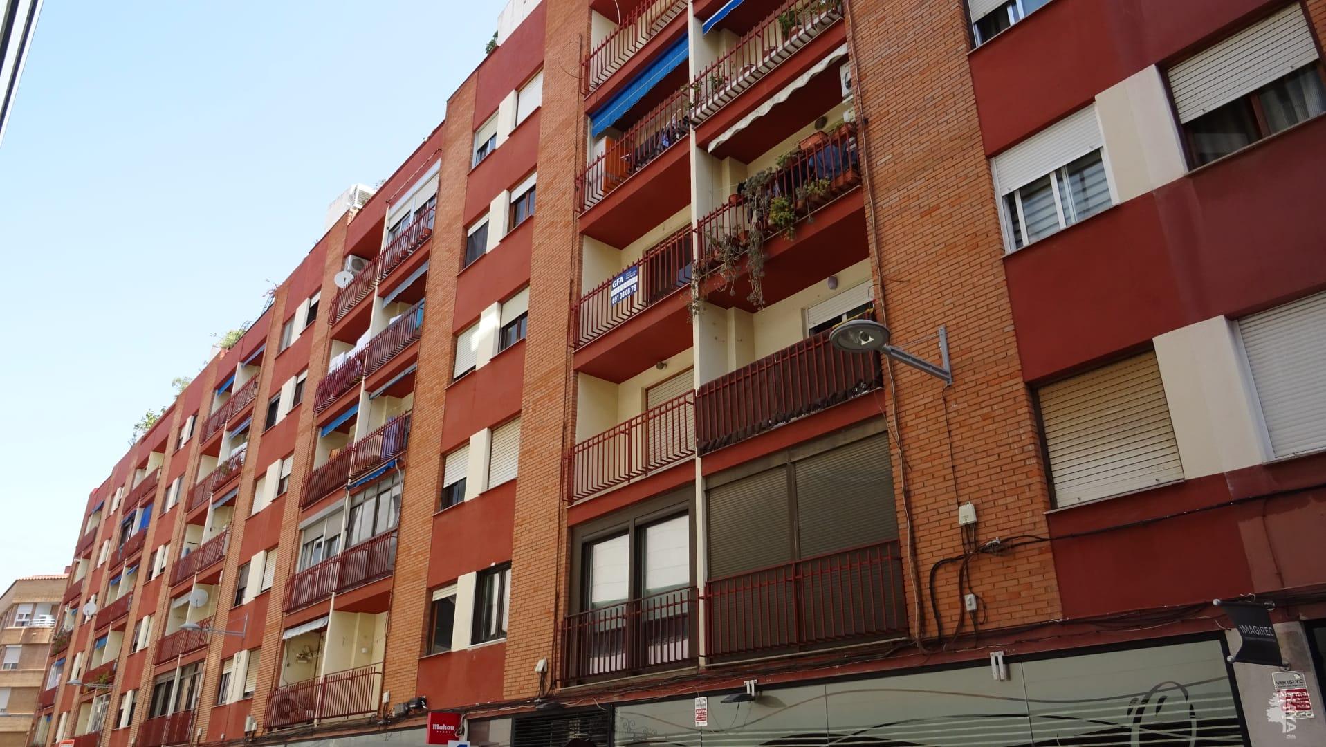 Piso en venta en Castellón de la Plana/castelló de la Plana, Castellón, Calle Aragon, 62.200 €, 3 habitaciones, 1 baño, 90 m2