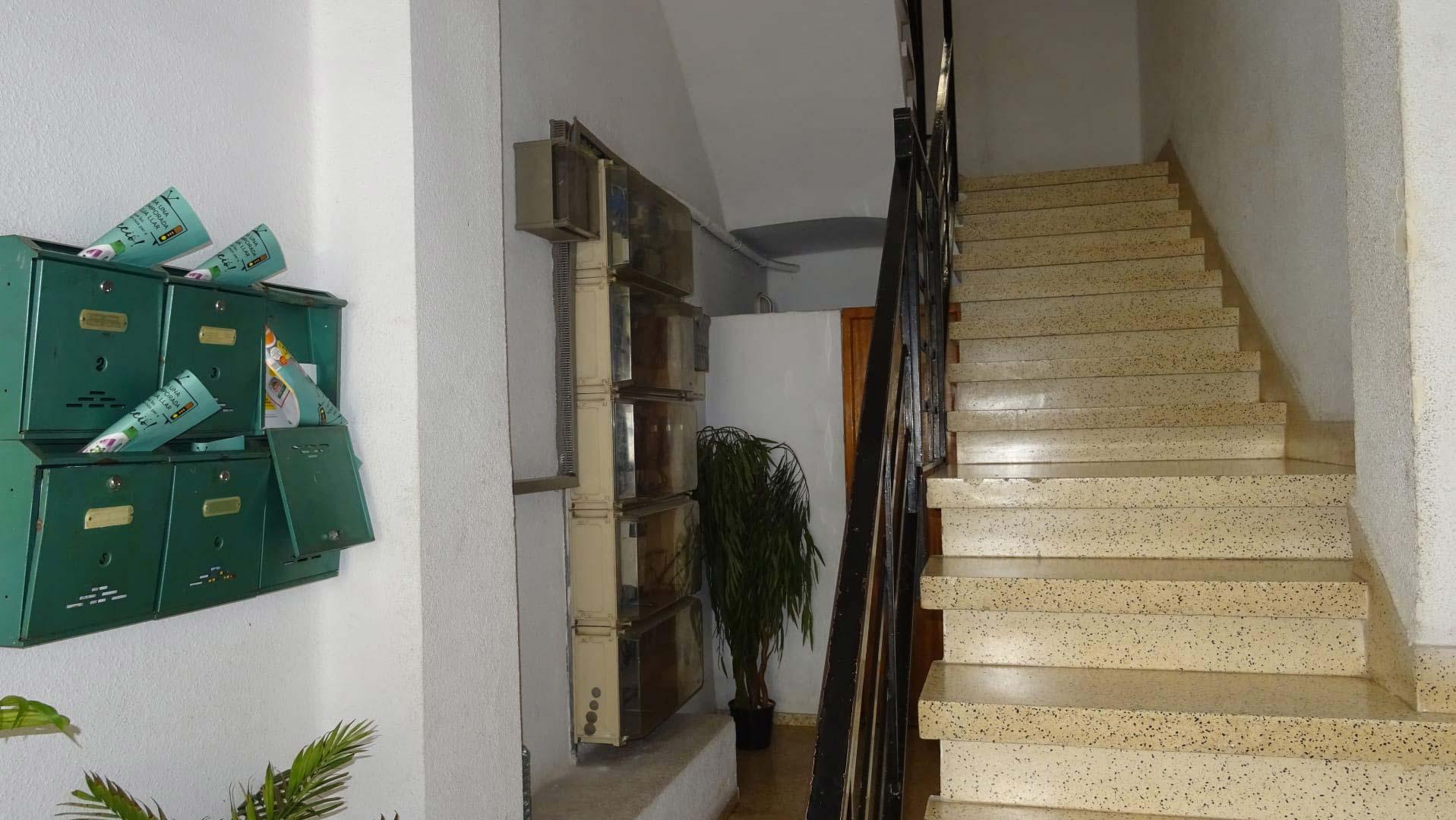 Piso en venta en Piso en Castellón de la Plana/castelló de la Plana, Castellón, 104.000 €, 3 habitaciones, 1 baño, 94 m2