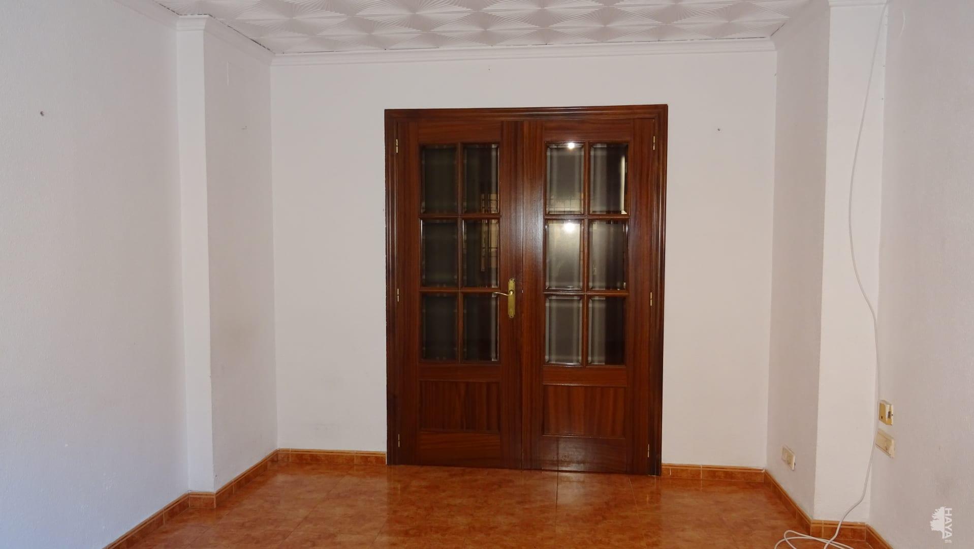 Piso en venta en Piso en Castellón de la Plana/castelló de la Plana, Castellón, 78.300 €, 3 habitaciones, 1 baño, 56 m2