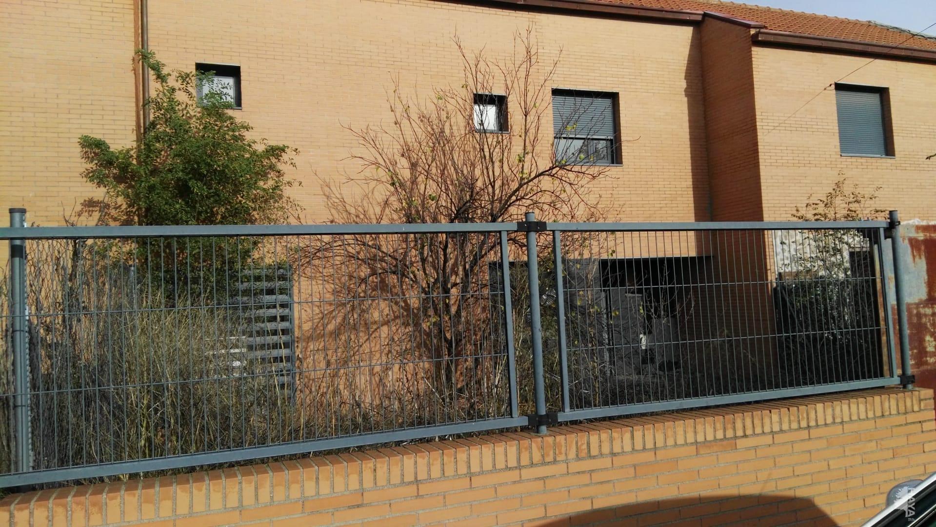 Casa en venta en Villamiel de Toledo, Villamiel de Toledo, españa, Calle Moreras, 71.800 €, 4 habitaciones, 3 baños, 140 m2