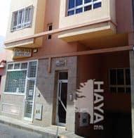 Piso en venta en Vecindario, Santa Lucía de Tirajana, Las Palmas, Calle Faycan, 101.000 €, 3 habitaciones, 1 baño, 86 m2