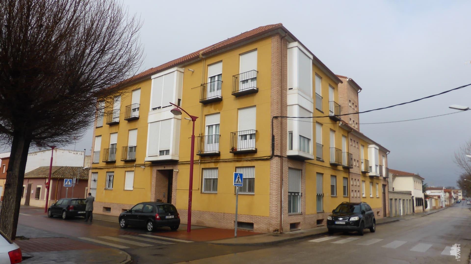 Piso en venta en Alcázar de San Juan, Ciudad Real, Calle Parque, 67.300 €, 3 habitaciones, 2 baños, 118 m2