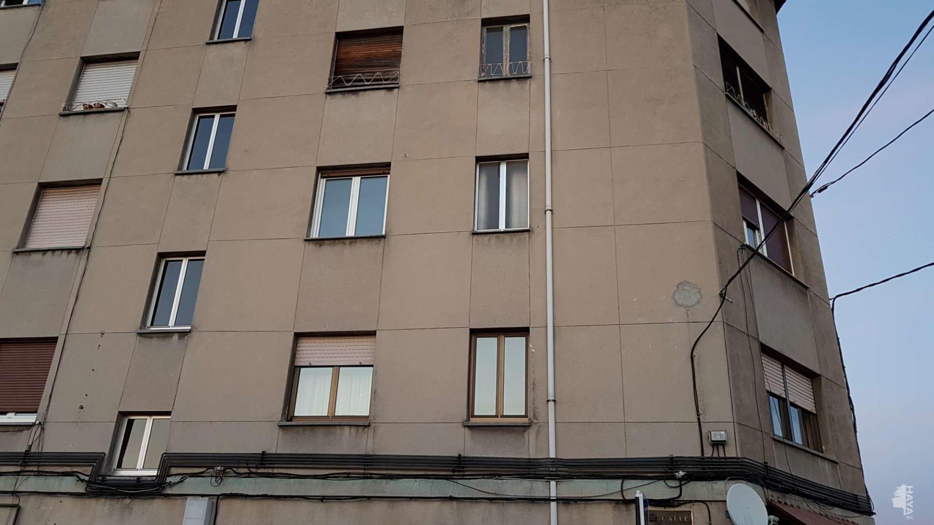 Piso en venta en Oviedo, Asturias, Calle Huerta de Otero, 38.609 €, 3 habitaciones, 1 baño, 82 m2
