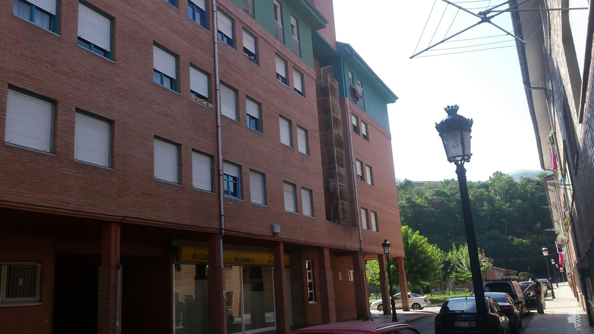 Piso en venta en San Martín del Rey Aurelio, Asturias, Calle Puerto del Pino, 50.600 €, 2 habitaciones, 1 baño, 74 m2