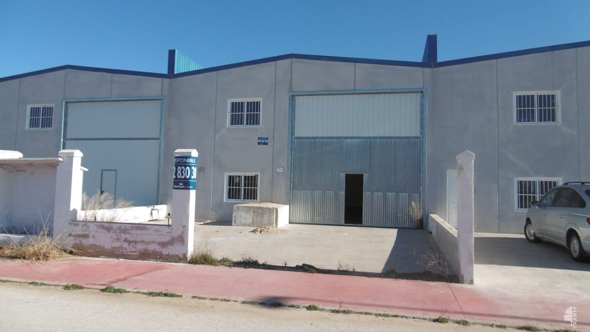 Industrial en venta en La Gineta, Albacete, Calle Pino, 53.500 €, 189 m2