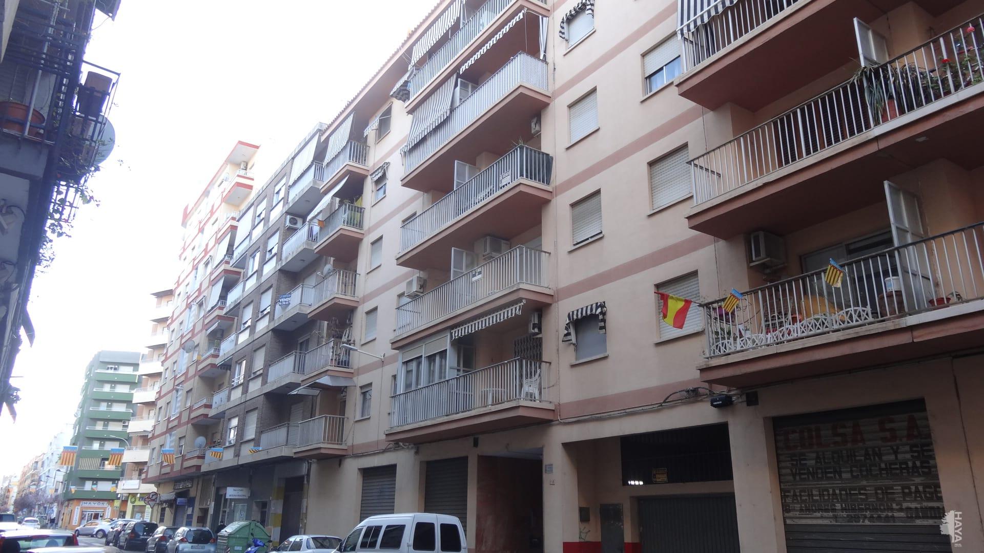 Piso en venta en Gandia, Valencia, Calle Ferrocarrill de Alcoy, 62.404 €, 3 habitaciones, 2 baños, 106 m2