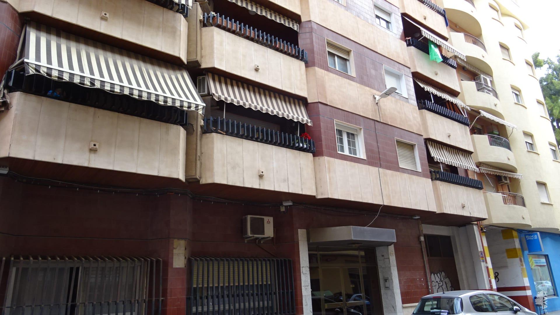 Piso en venta en Gandia, Valencia, Calle Gabriel Miro, 74.200 €, 4 habitaciones, 1 baño, 127 m2