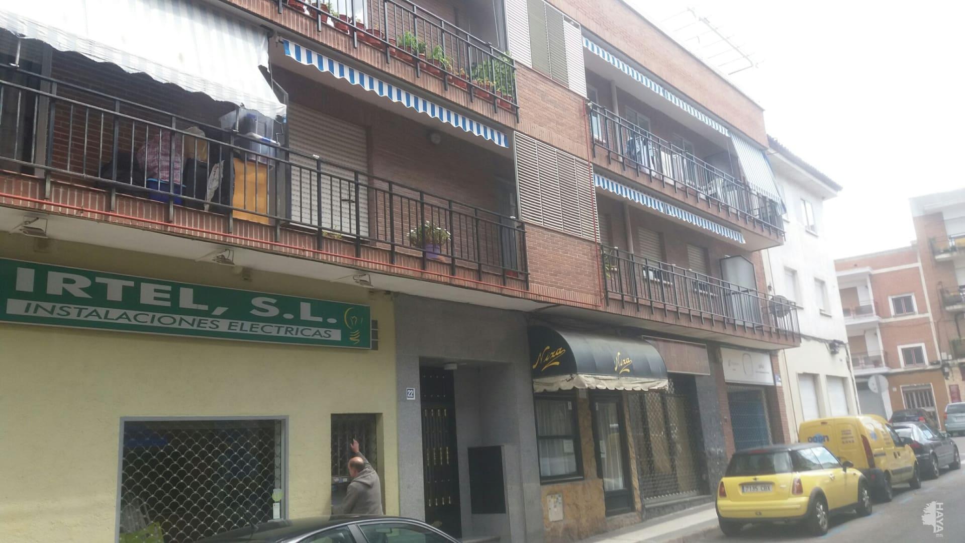 Piso en venta en Majadahonda, Madrid, Calle Oriente, 166.000 €, 3 habitaciones, 1 baño, 83 m2