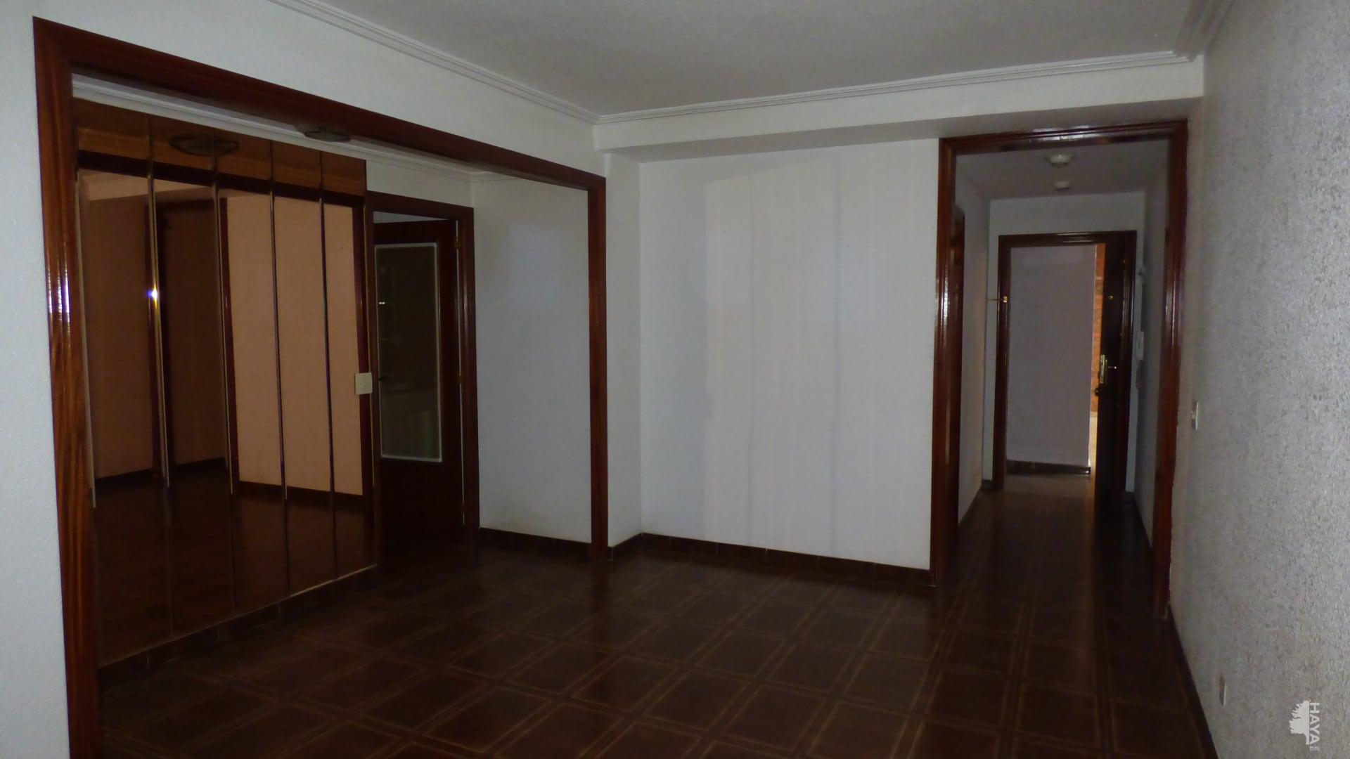 Piso en venta en Piso en Elche/elx, Alicante, 87.600 €, 4 habitaciones, 1 baño, 100 m2