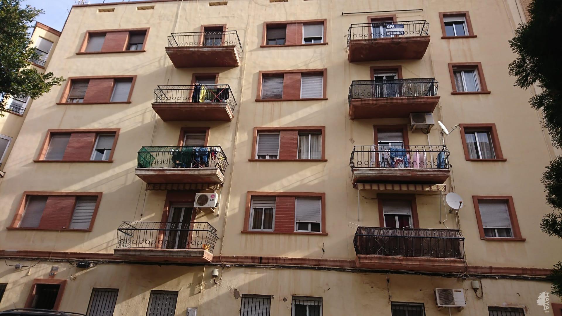 Piso en venta en Vila-real, Castellón, Plaza Escultor Ortells, 31.957 €, 3 habitaciones, 1 baño, 77 m2
