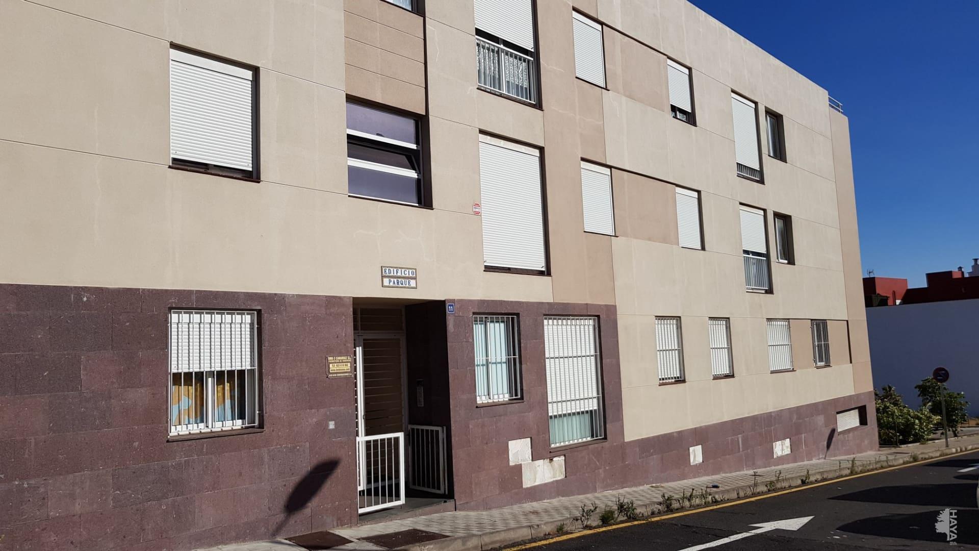Piso en venta en Suroeste, El Rosario, Santa Cruz de Tenerife, Calle Bajío, 83.000 €, 3 habitaciones, 1 baño, 98 m2