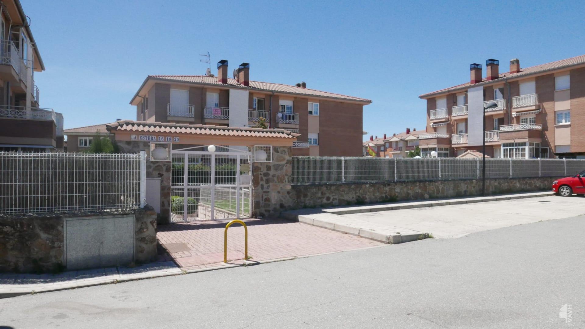 Piso en venta en San Cristóbal de Segovia, Segovia, Camino Arroyo Cerezo-san Crisobal, 87.000 €, 3 habitaciones, 2 baños, 98 m2