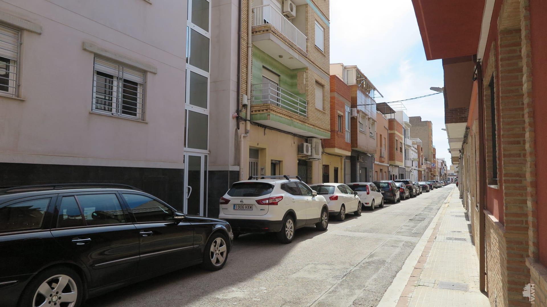 Piso en venta en Sagunto/sagunt, Valencia, Calle Segorbe, 52.815 €, 3 habitaciones, 1 baño, 106 m2