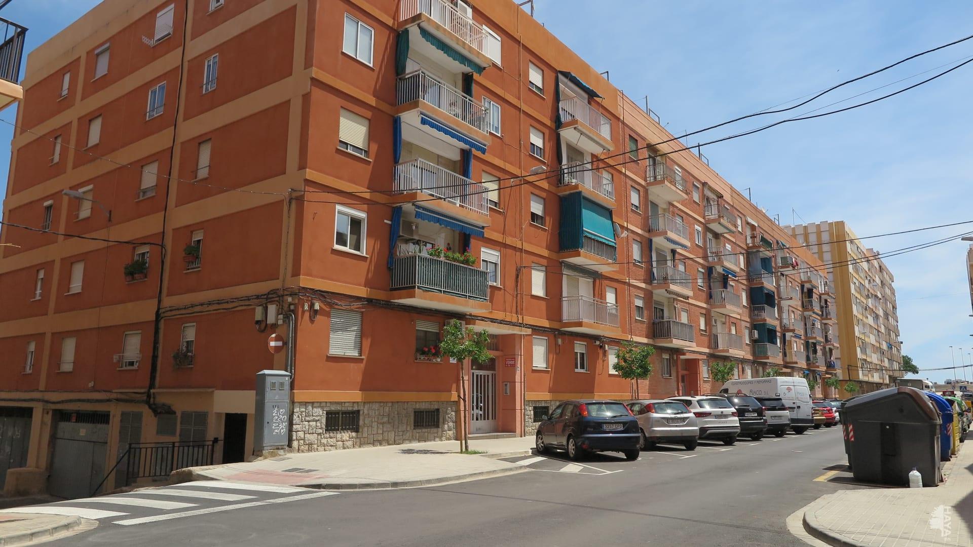 Piso en venta en Sagunto/sagunt, Valencia, Avenida Sants de la Pedra, 36.750 €, 3 habitaciones, 1 baño, 97 m2