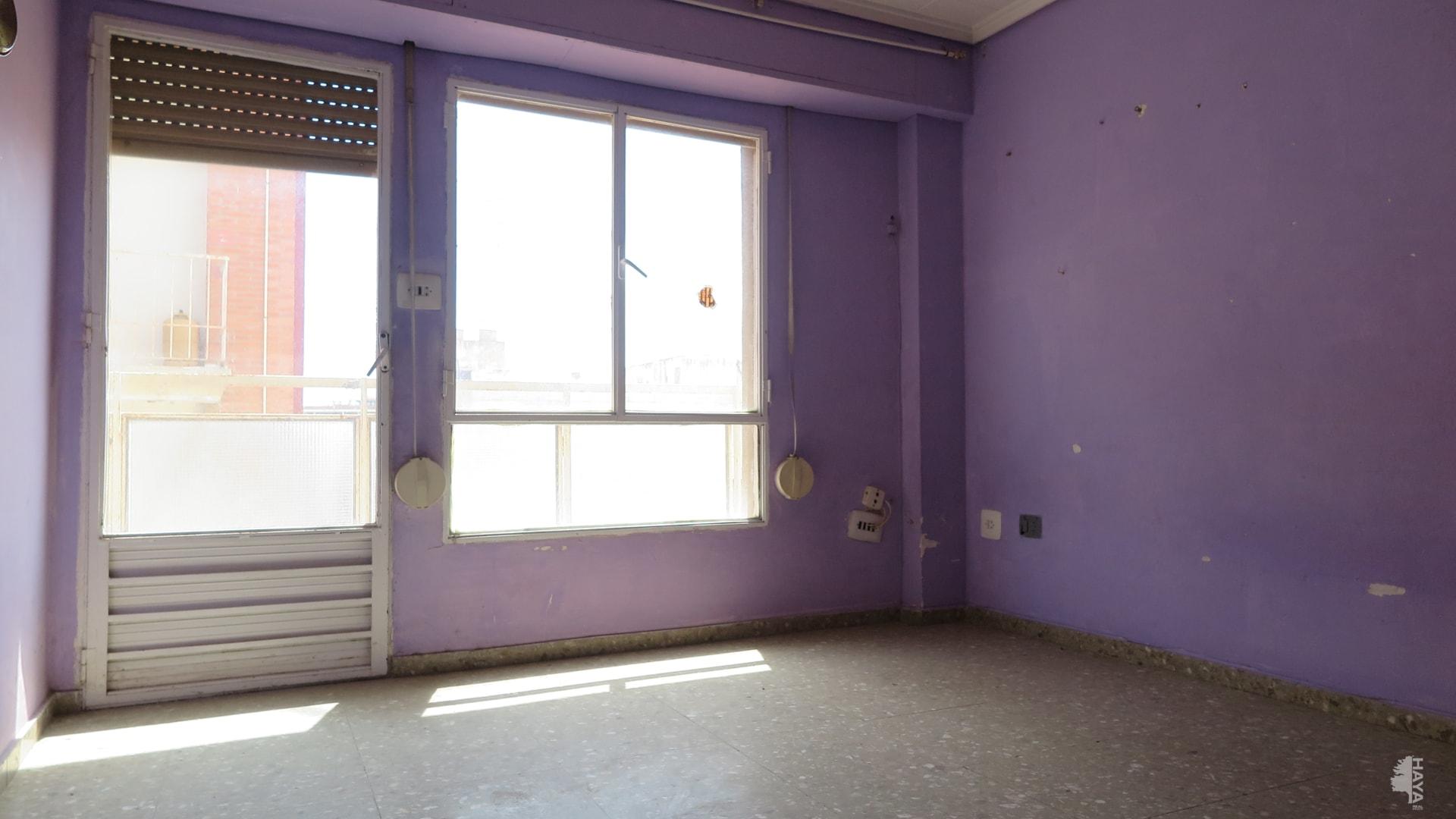 Piso en venta en Piso en Sagunto/sagunt, Valencia, 36.805 €, 3 habitaciones, 1 baño, 113 m2