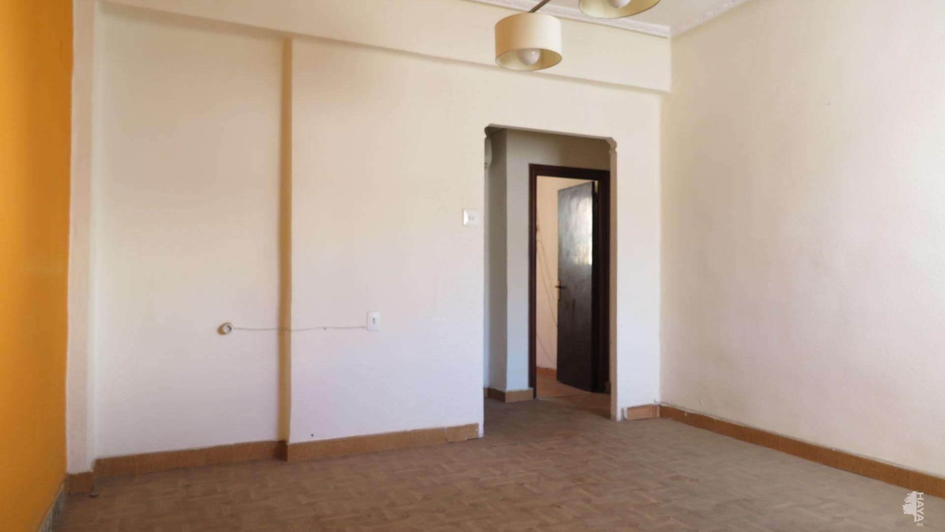 Piso en venta en Piso en Sagunto/sagunt, Valencia, 43.000 €, 3 habitaciones, 1 baño, 66 m2