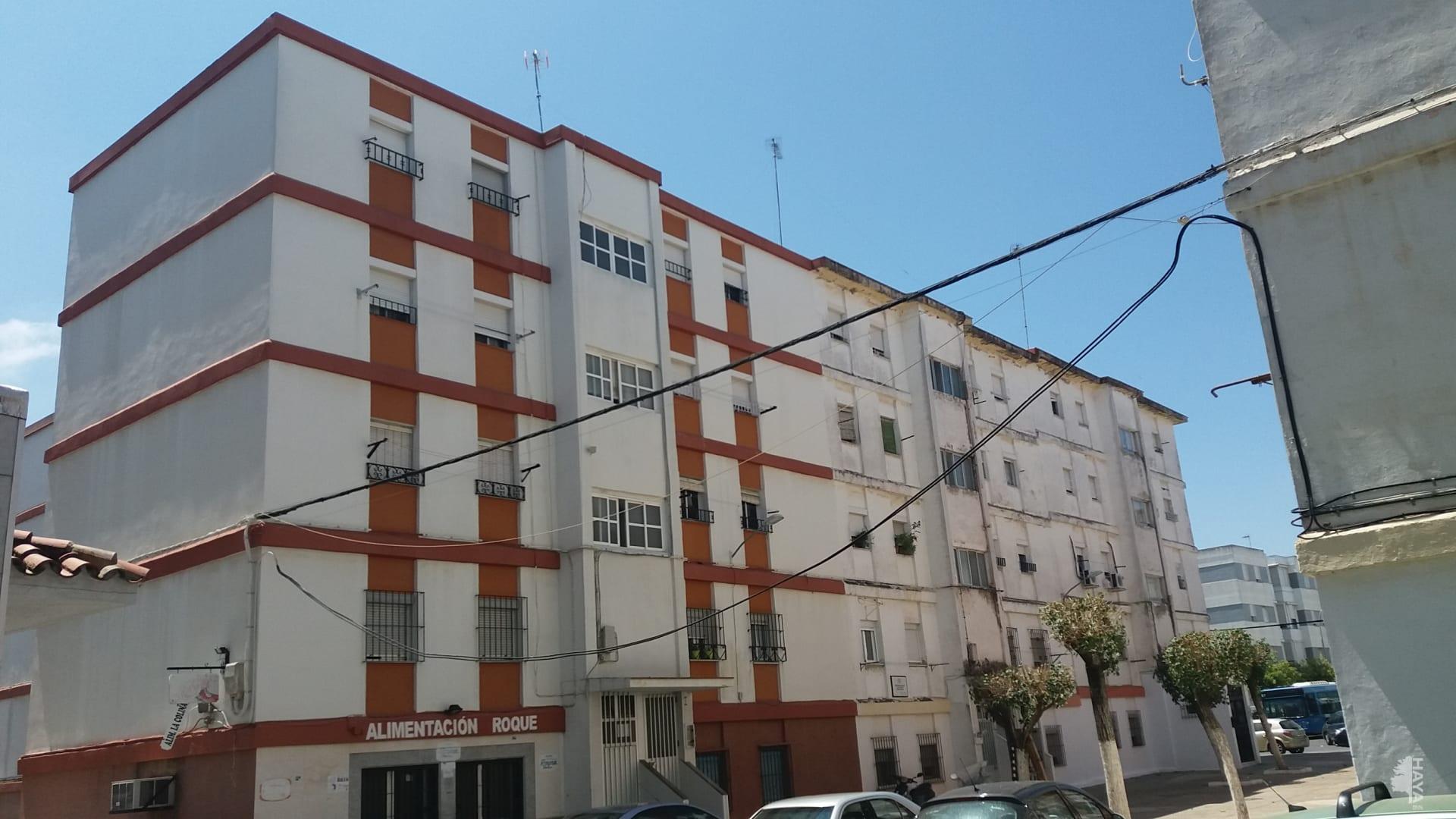 Piso en venta en Las Torres, Jerez de la Frontera, Cádiz, Calle Albillo, 27.600 €, 3 habitaciones, 1 baño, 51 m2