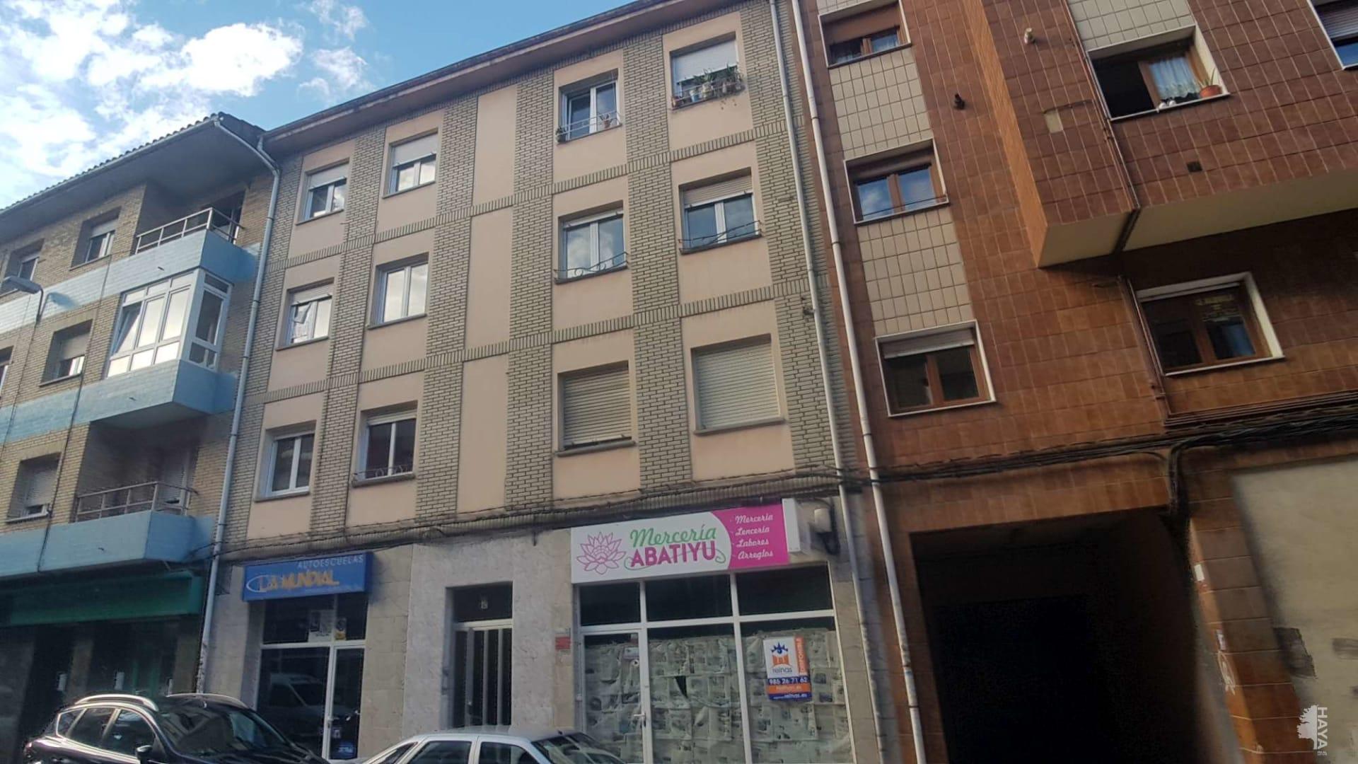 Piso en venta en Lugo de Llanera, Llanera, Asturias, Calle Doctor Fleming, 62.461 €, 2 habitaciones, 1 baño, 77 m2
