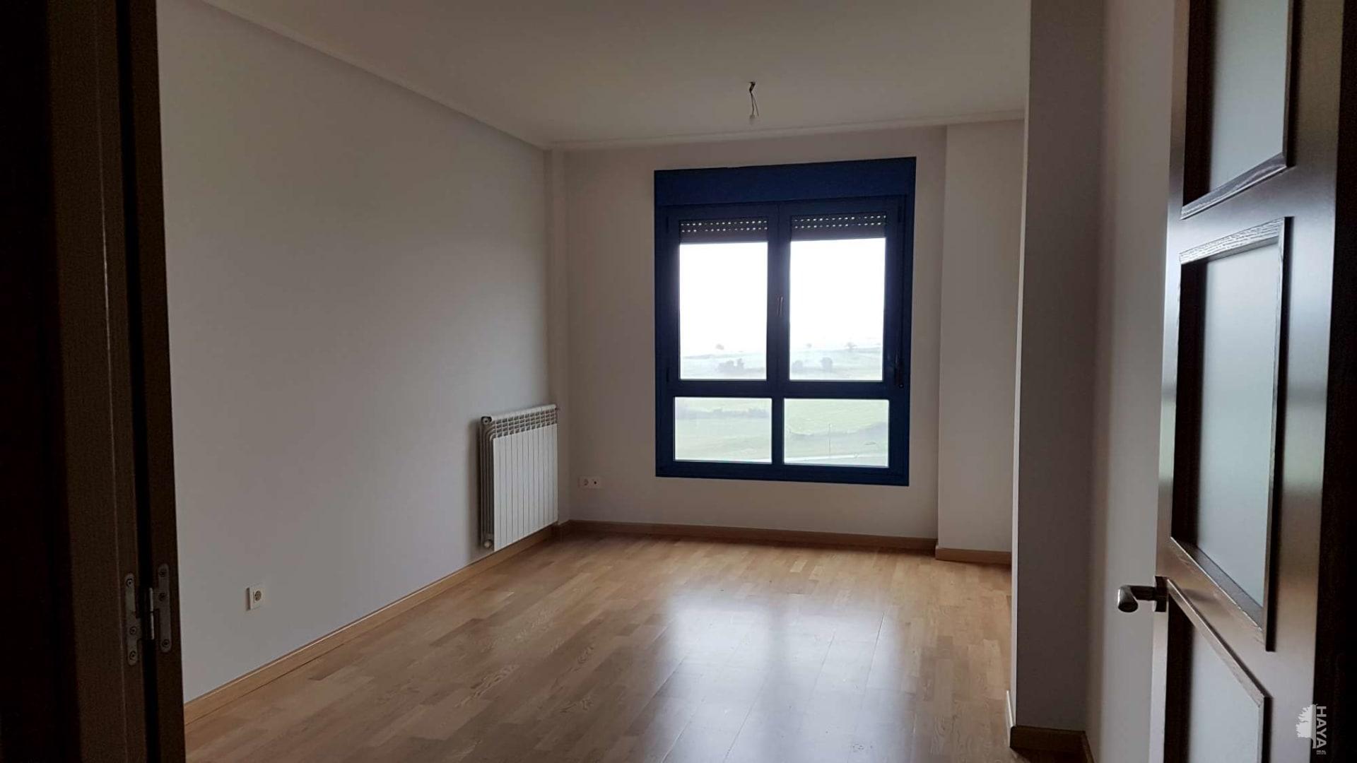 Piso en venta en Favila, Corvera de Asturias, Asturias, Pasaje del Manzano, 116.200 €, 3 habitaciones, 1 baño, 94 m2