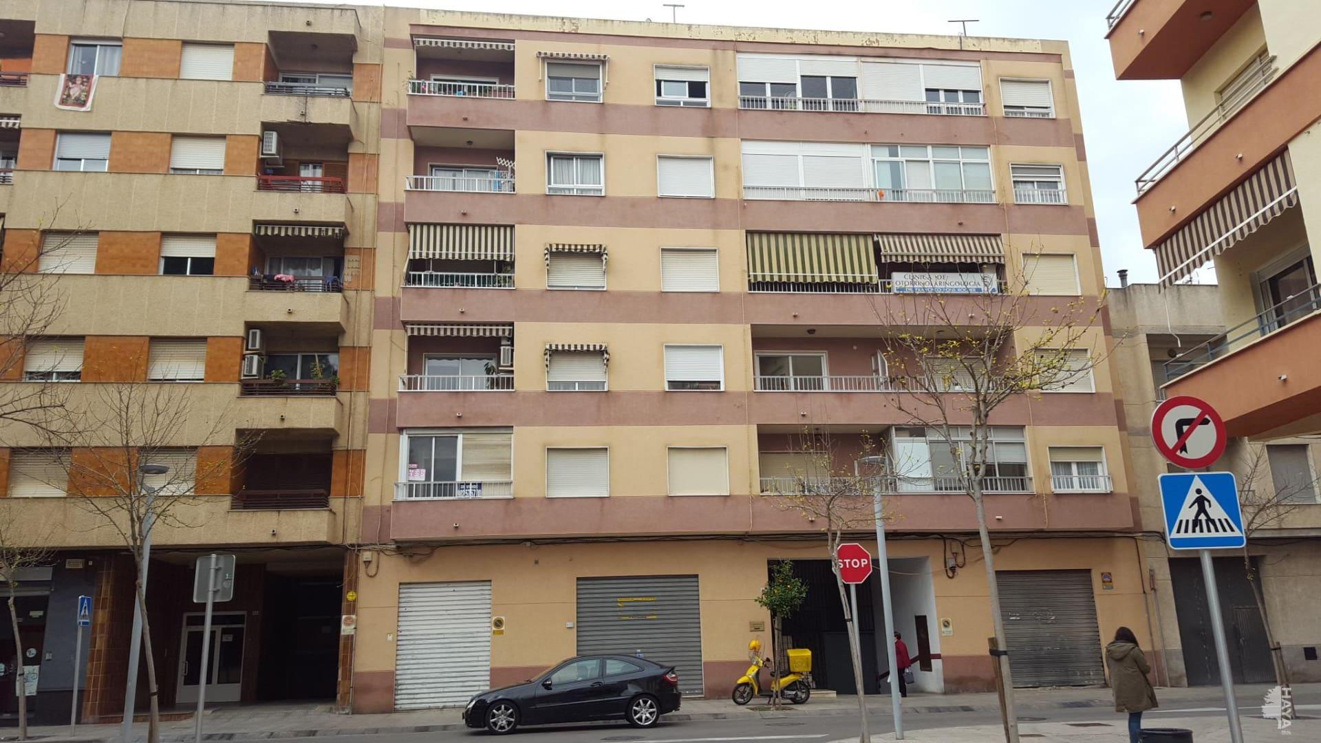 Piso en venta en Gandia, Valencia, Calle Pellers (dels), 61.900 €, 4 habitaciones, 2 baños, 116 m2