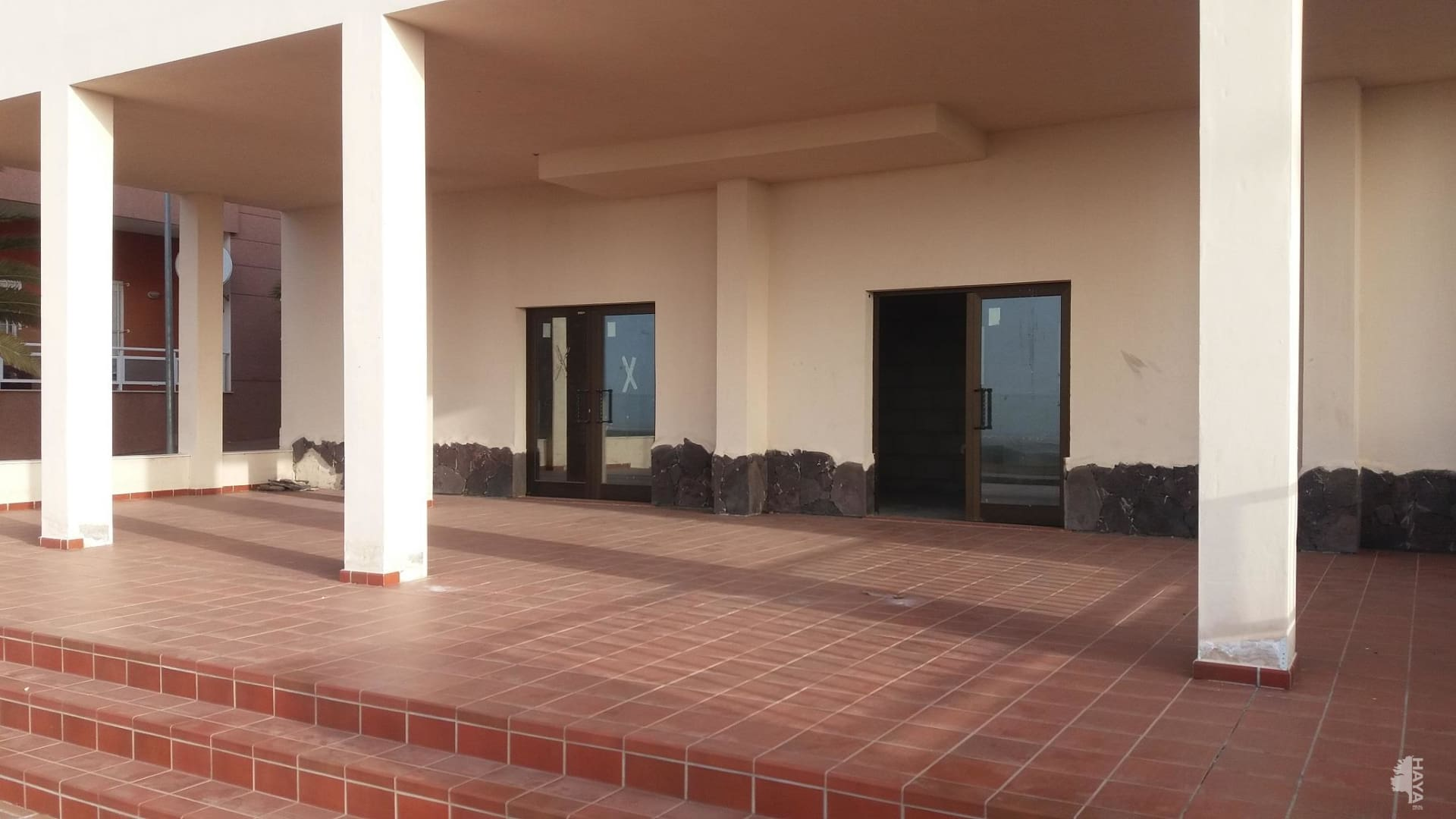 Local en venta en Arona, Santa Cruz de Tenerife, Calle Envolvente, 64.800 €, 108 m2