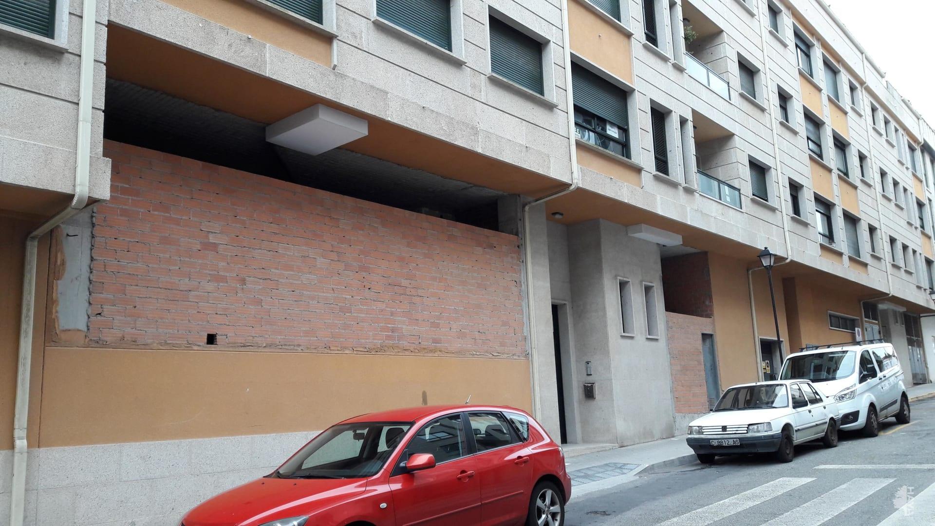 Local en venta en Ribeira, A Coruña, Calle Xohana Torres, 132.900 €, 257 m2