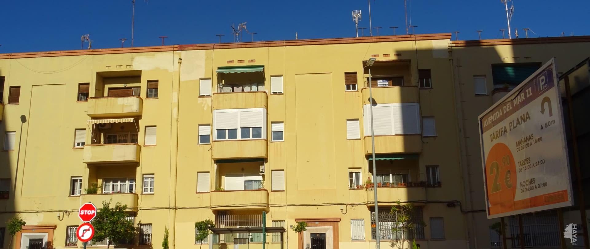 Piso en venta en Grupo San Pedro, Castellón de la Plana/castelló de la Plana, Castellón, Calle del Mar, 37.600 €, 3 habitaciones, 1 baño, 75 m2
