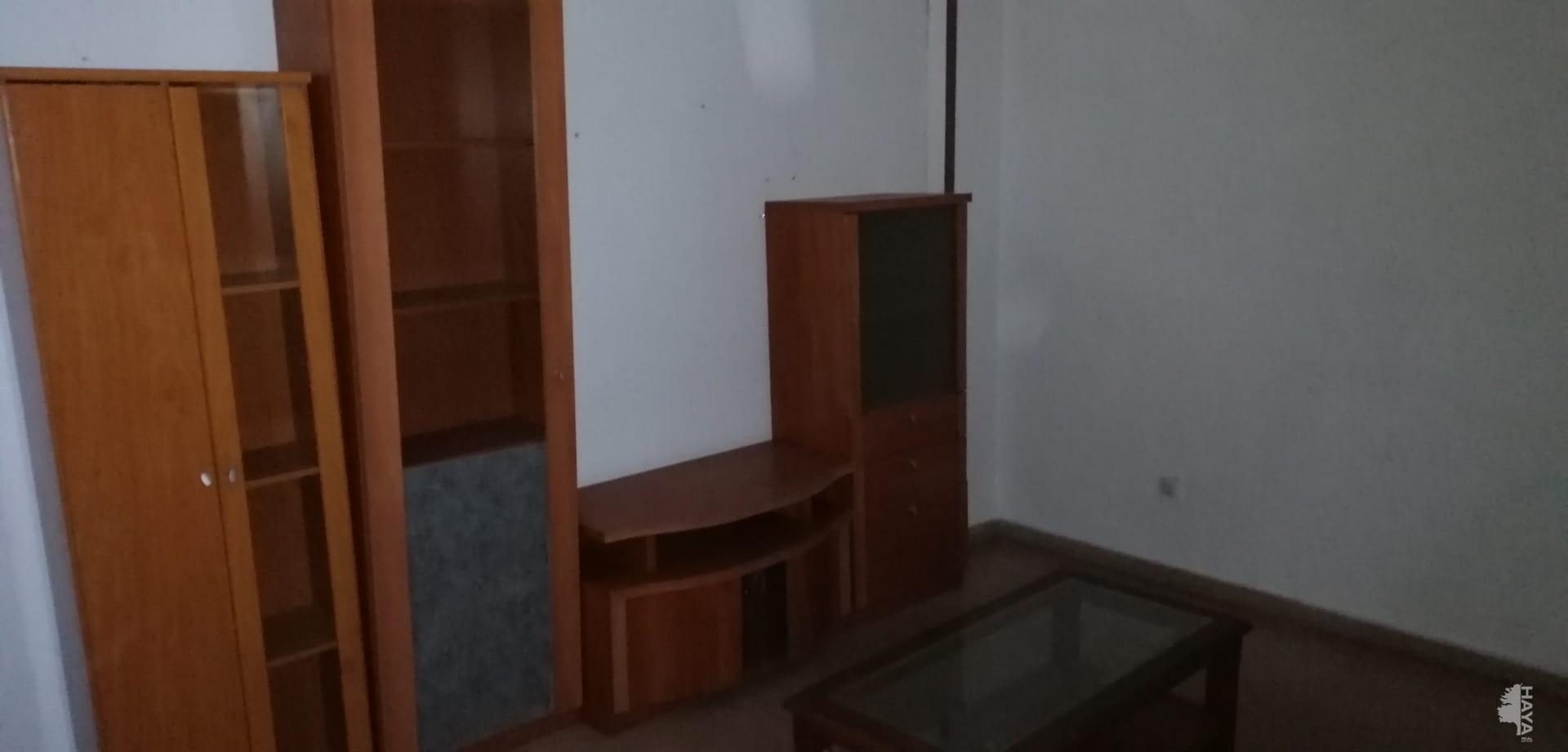 Piso en venta en Piso en Torrevieja, Alicante, 77.000 €, 2 habitaciones, 1 baño, 68 m2