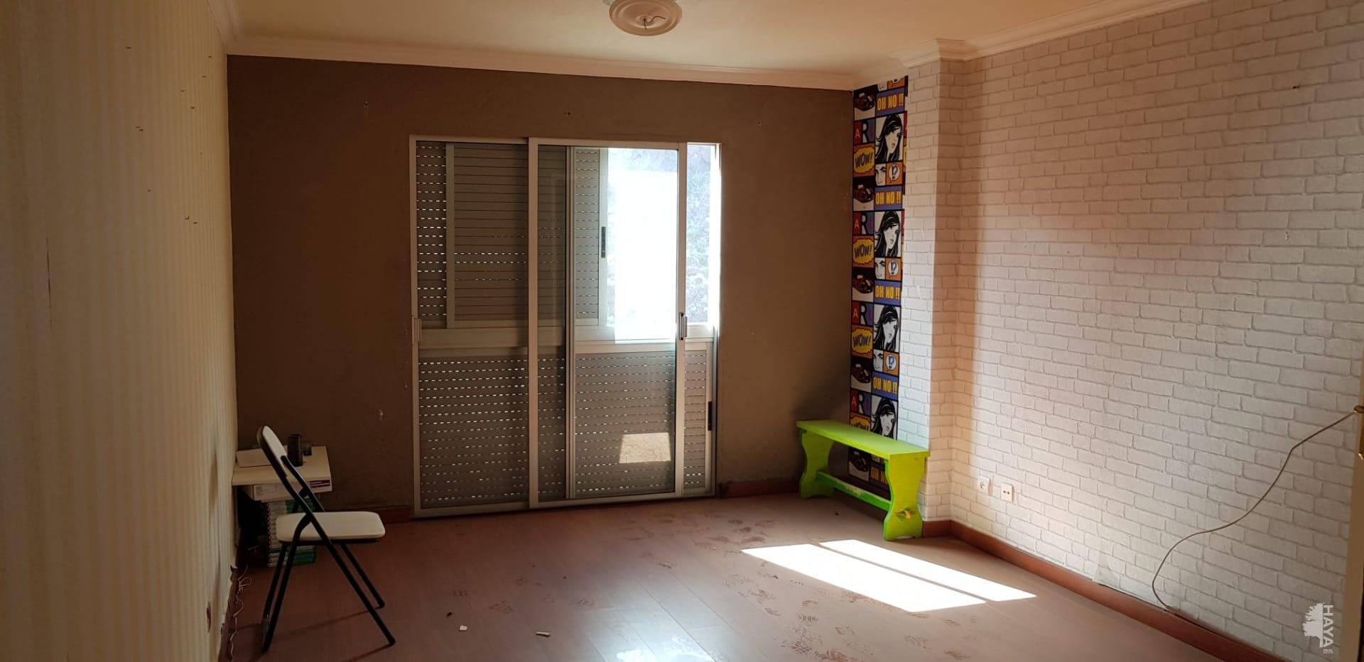 Piso en venta en San Cristobal de la Laguna, Santa Cruz de Tenerife, Calle Rector Antonio Bethencourt, 63.948 €, 1 habitación, 1 baño, 90 m2