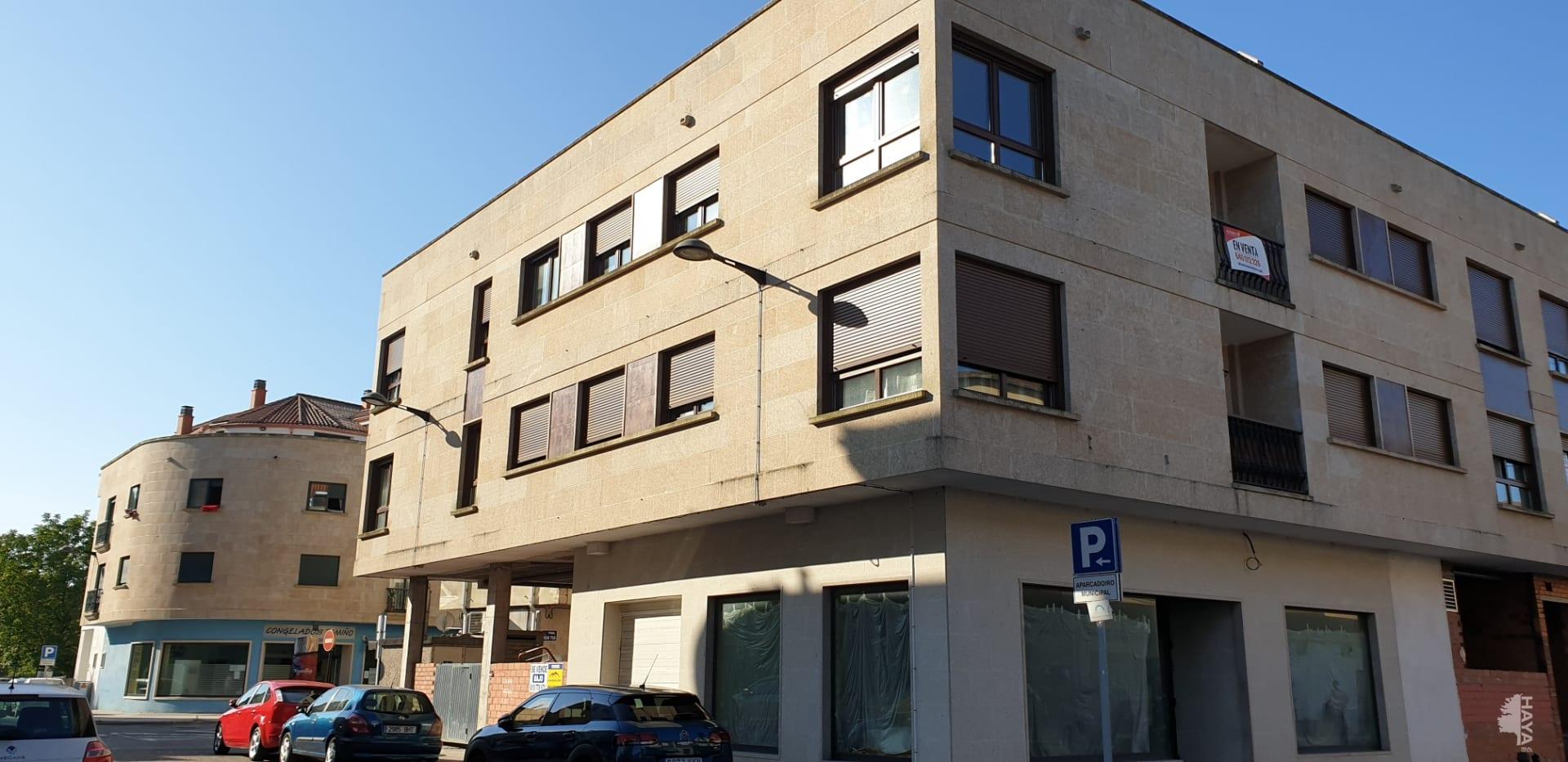 Piso en venta en Tomiño, Pontevedra, Avenida Gondomar, 70.000 €, 3 habitaciones, 2 baños, 80 m2