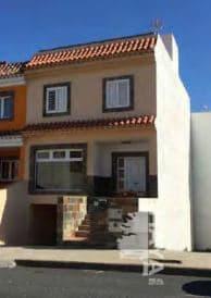 Casa en venta en Cruce de Arinaga, Agüimes, Las Palmas, Calle Famara, 227.850 €, 3 habitaciones, 1 baño, 205 m2
