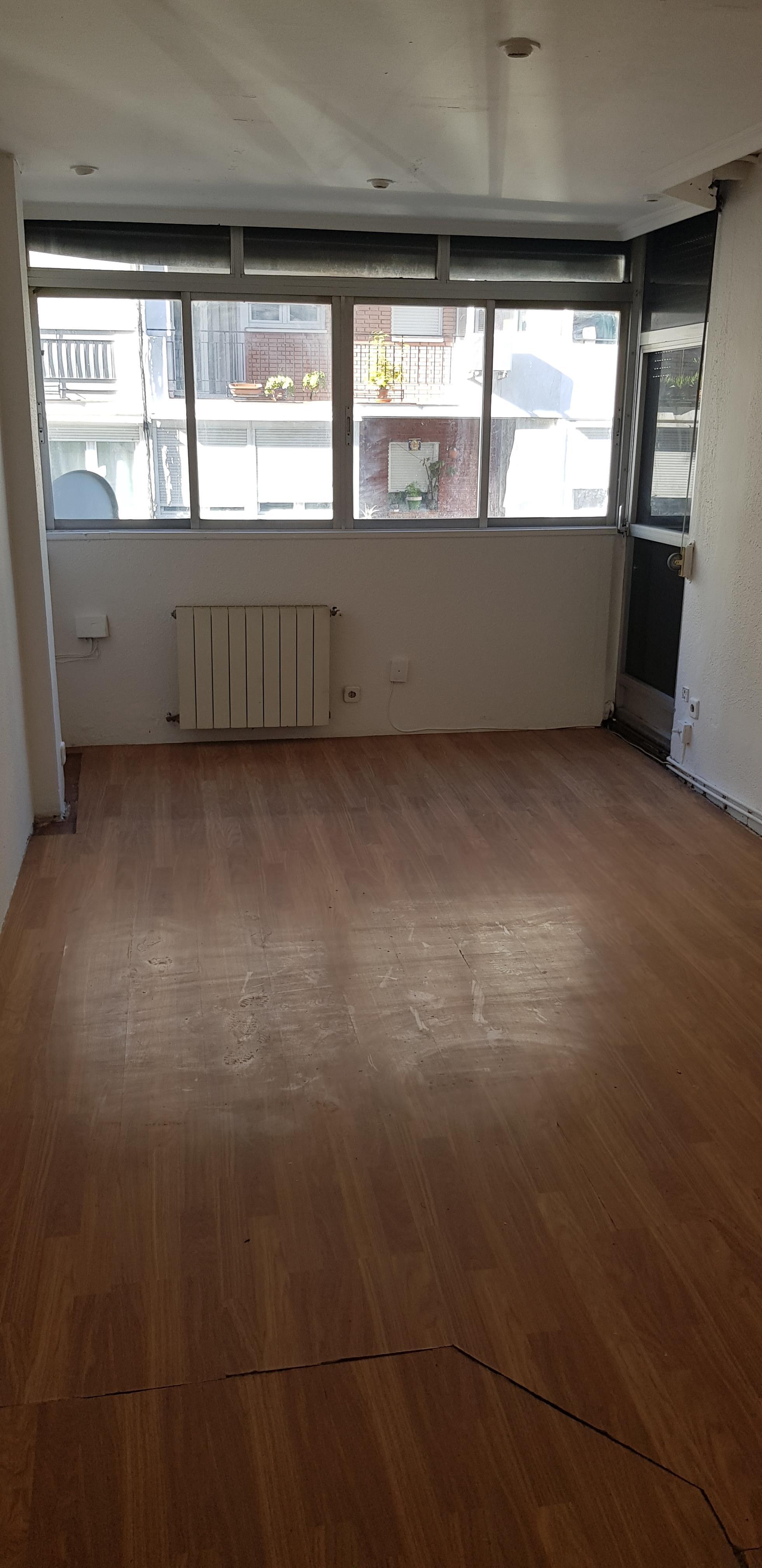 Piso en venta en Nuevo Bercial, Getafe, Madrid, Calle Perdiz, 99.000 €, 2 habitaciones, 1 baño, 62 m2