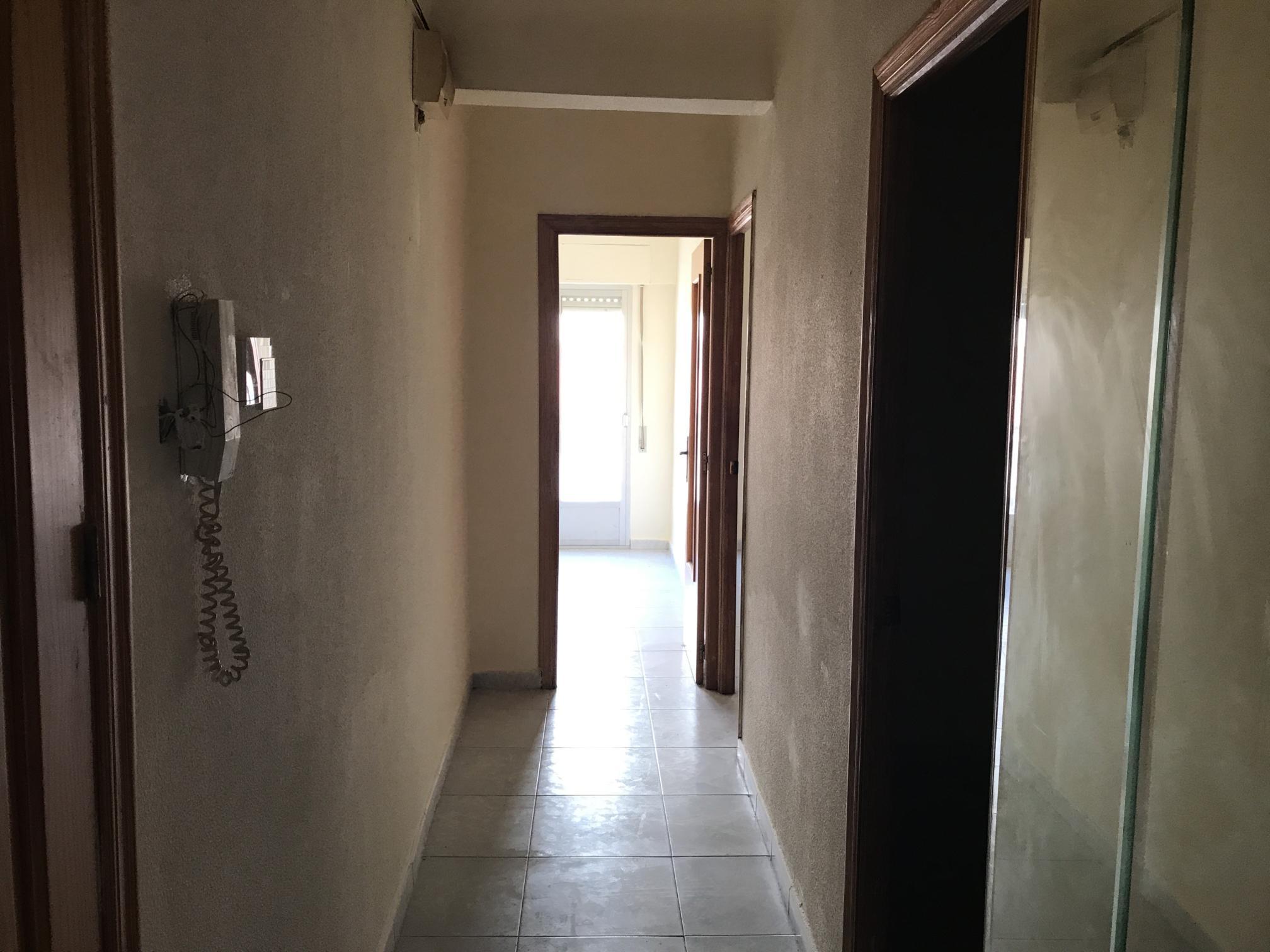 Piso en venta en Elche/elx, Alicante, Calle Manuel Ruiz Magro, 30.000 €, 3 habitaciones, 1 baño, 78 m2