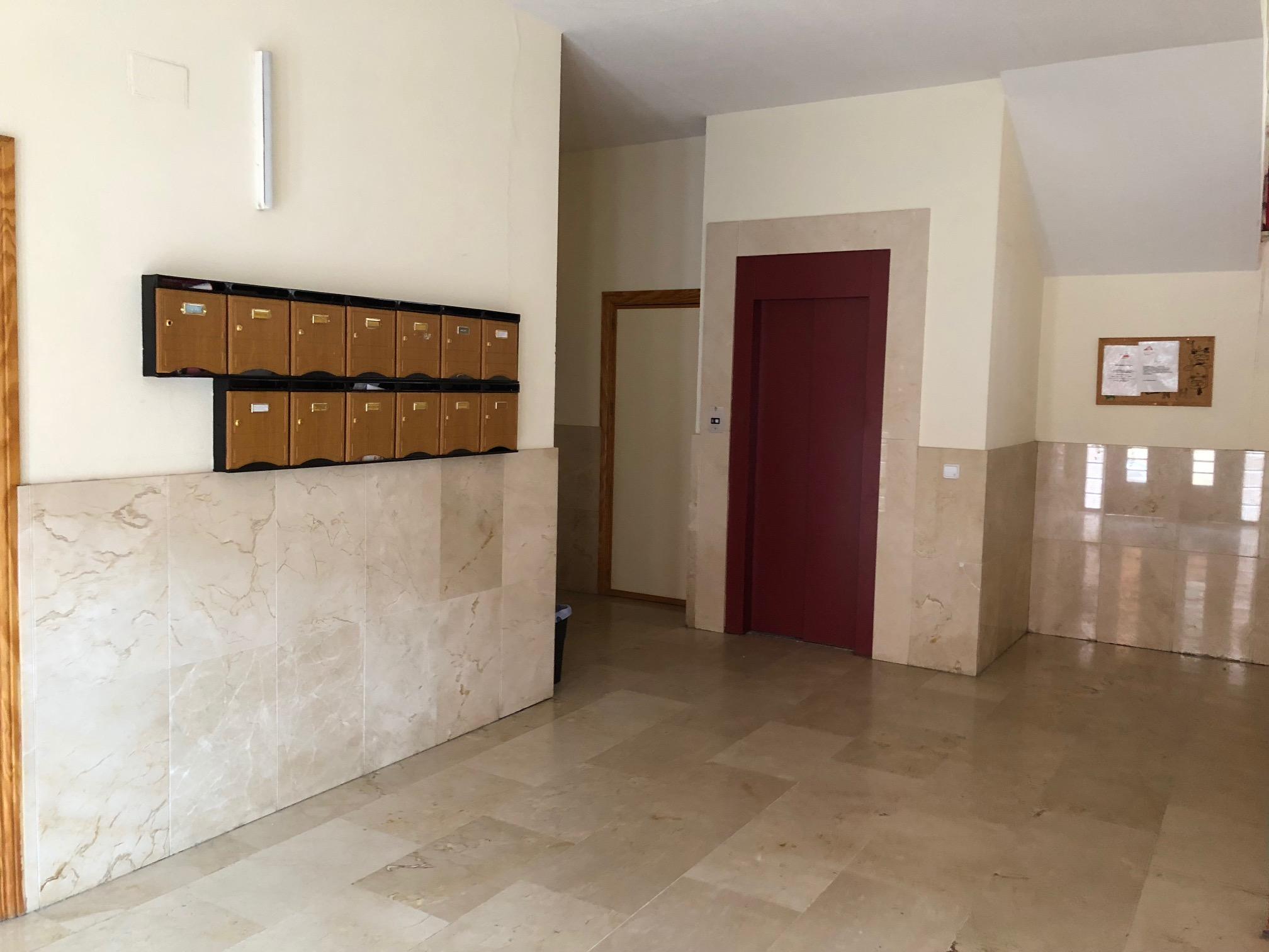 Piso en venta en Azuqueca de Henares, Guadalajara, Calle Aneto, 102.288 €, 3 habitaciones, 1 baño, 90 m2