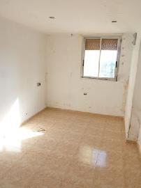 Piso en venta en Piso en Badia del Vallès, Barcelona, 79.061 €, 3 habitaciones, 1 baño, 84 m2