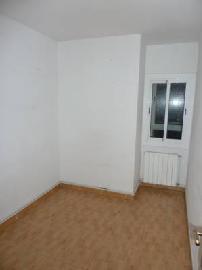Piso en venta en Barberà del Vallès, Barcelona, Avenida Virgen de Montserrat, 118.003 €, 3 habitaciones, 1 baño, 85 m2