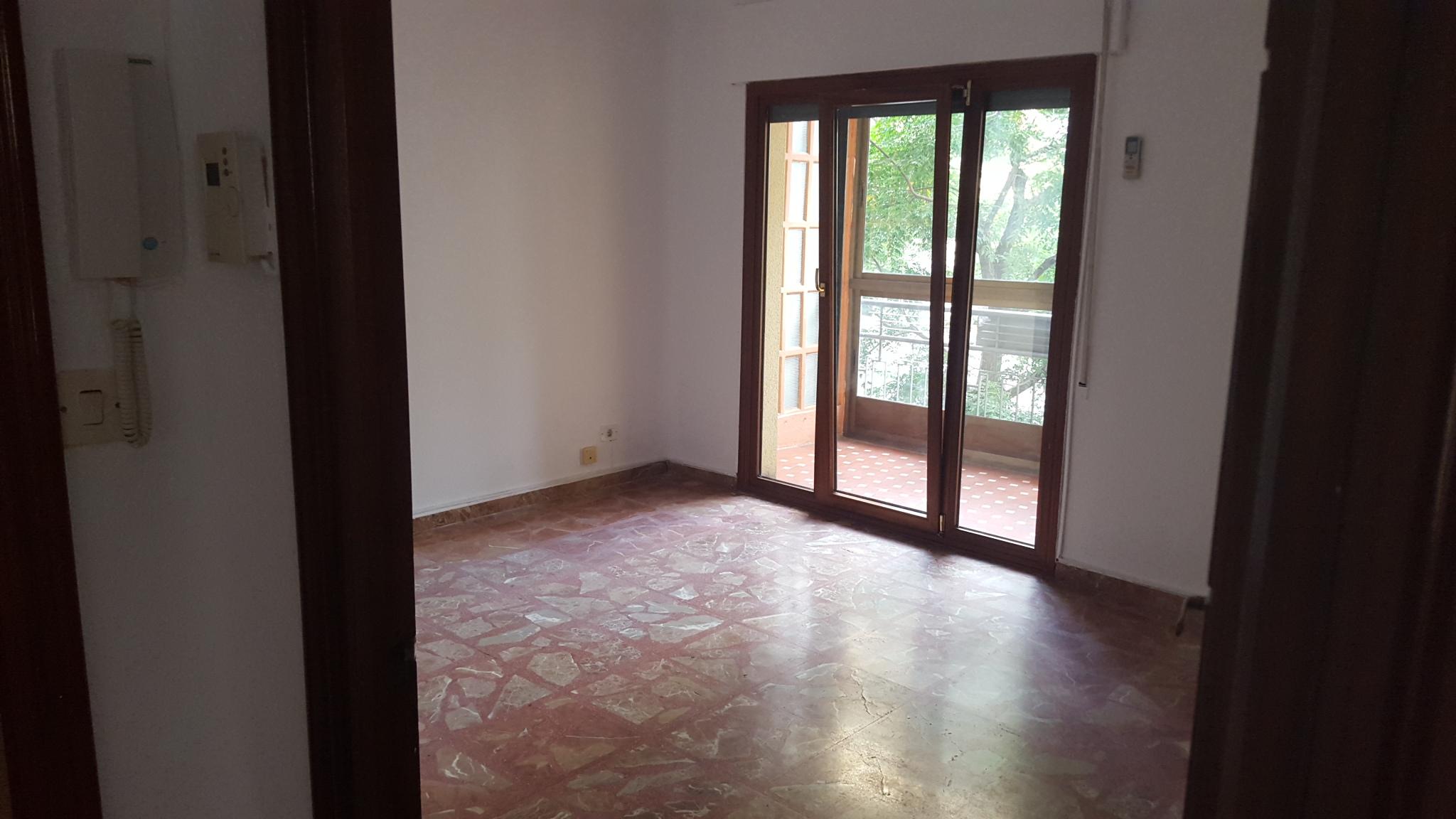 Piso en venta en Los Fratres, Cáceres, Cáceres, Calle Garcia Plata de Osma, 215.000 €, 4 habitaciones, 2 baños, 188 m2
