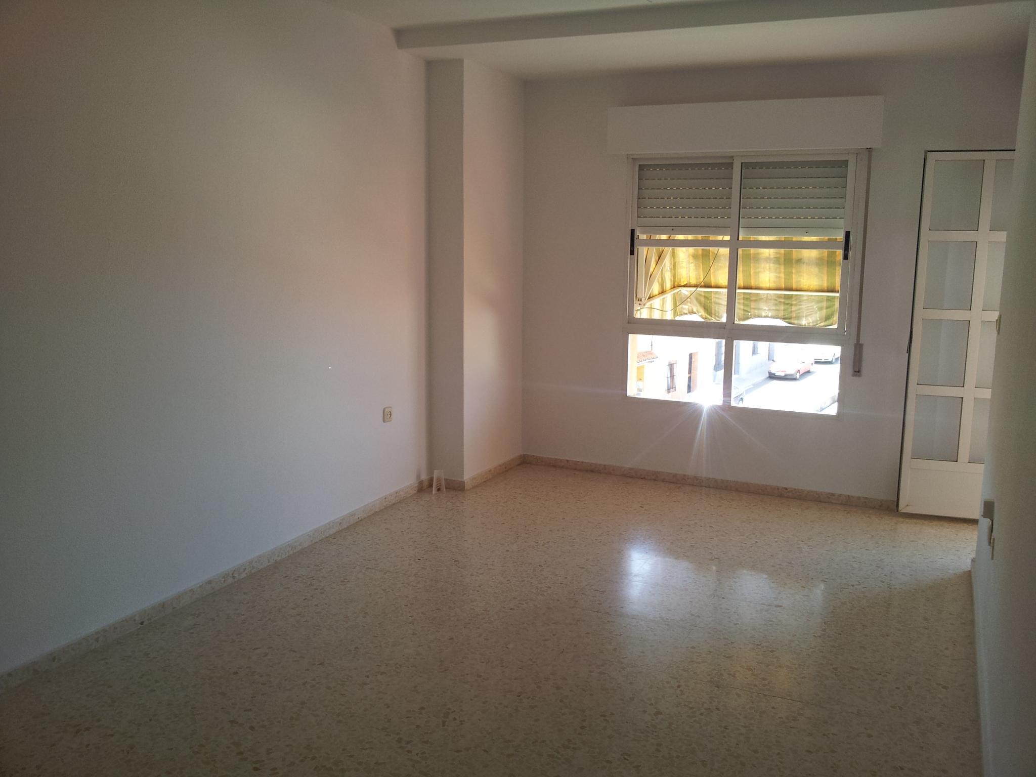 Piso en venta en Almendralejo, Badajoz, Calle Fray Alonso Cabezas, 81.000 €, 4 habitaciones, 2 baños, 120 m2