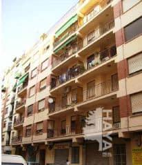 Piso en venta en Castellón de la Plana/castelló de la Plana, Castellón, Calle Juan Ramon Jimenez, 48.600 €, 1 baño, 98 m2