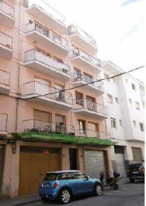 Piso en venta en Sínia Trilles, Vilanova I la Geltrú, Barcelona, Calle Cristofol Raventos Soler, 145.000 €, 4 habitaciones, 1 baño, 106 m2