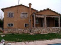 Casa en venta en Caraquiz, Uceda, Guadalajara, Urbanización Olivo, 153.000 €, 4 habitaciones, 2 baños, 140 m2