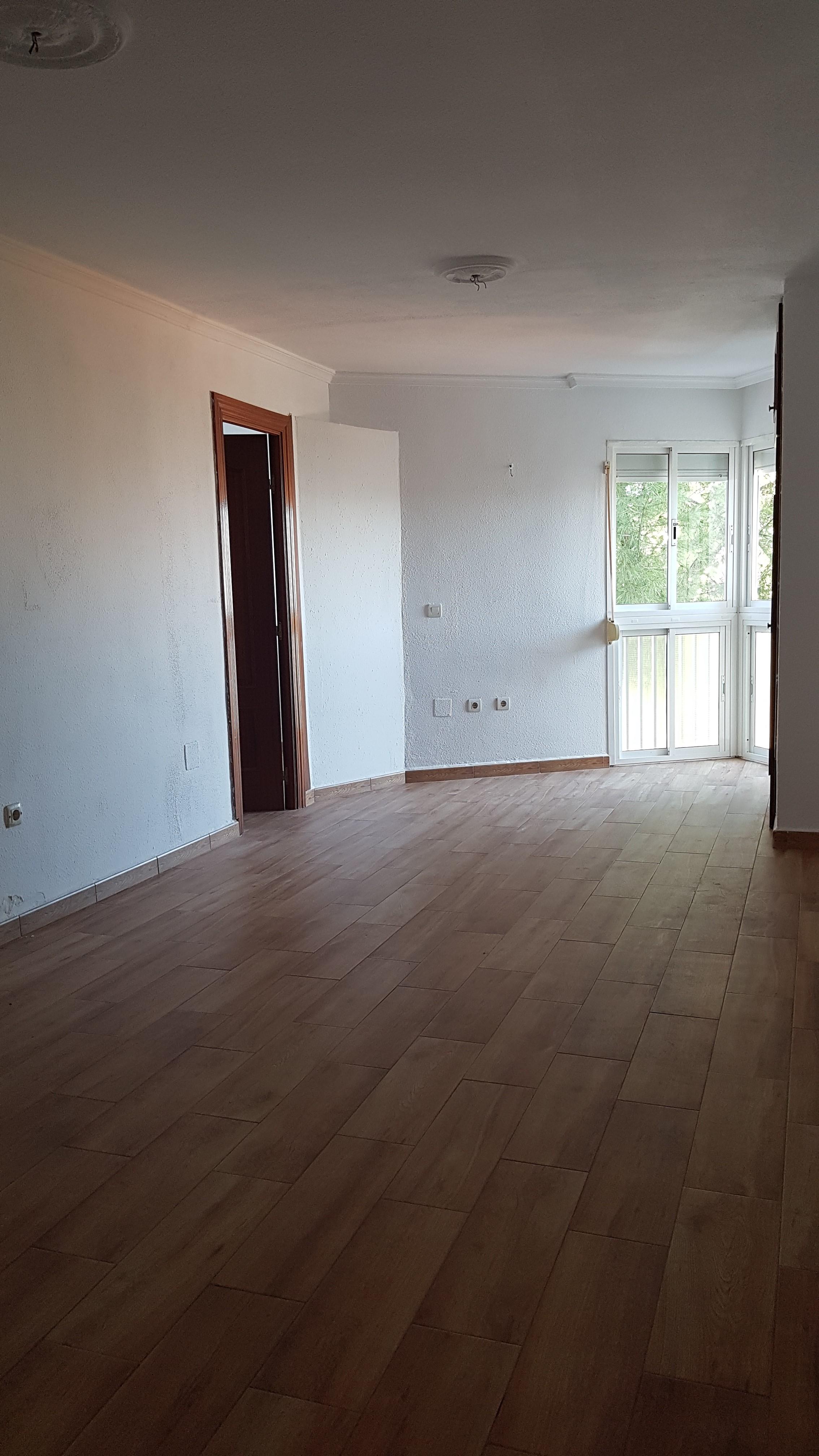 Piso en venta en Torremolinos, Málaga, Calle Cerro Largo, 165.000 €, 2 habitaciones, 1 baño, 69 m2