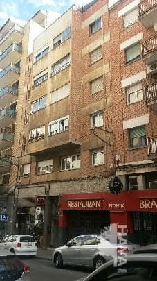 Piso en venta en Instituts - Templers, Lleida, Lleida, Calle Templarios, 33.404 €, 4 habitaciones, 1 baño, 92 m2