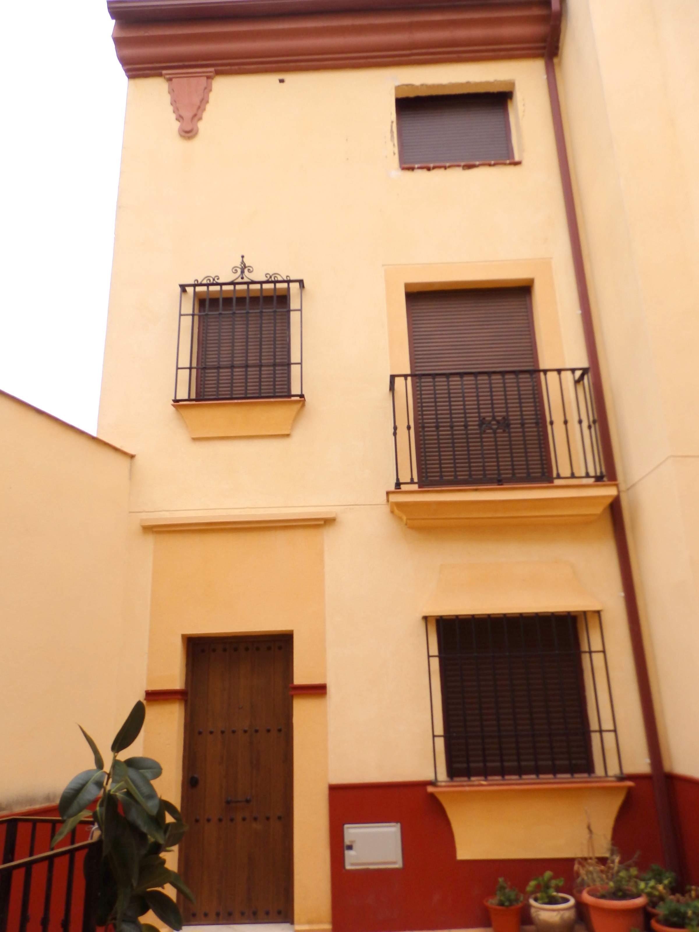 Casa en venta en Aguilar de la Frontera, Córdoba, Calle Caminos de la Cuadrillas, 41.900 €, 2 habitaciones, 2 baños, 87 m2