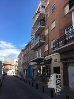 Piso en venta en Torrejón de Ardoz, Madrid, Calle de la Cruz, 98.371 €, 3 habitaciones, 1 baño, 78 m2